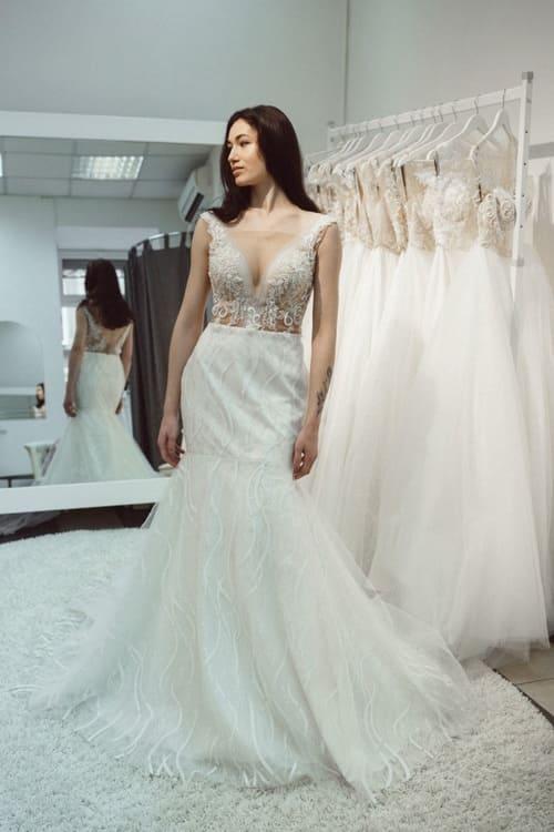 знижки на весільні плаття з блискіyками