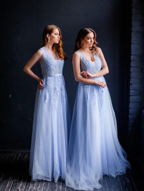 вечірні плаття голубого кольору