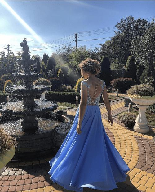 голуба вечірня сукня від Сірак