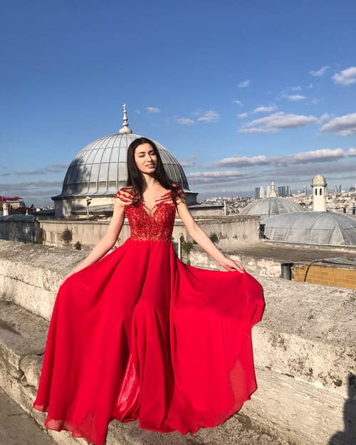 шифонова вечірня сукня
