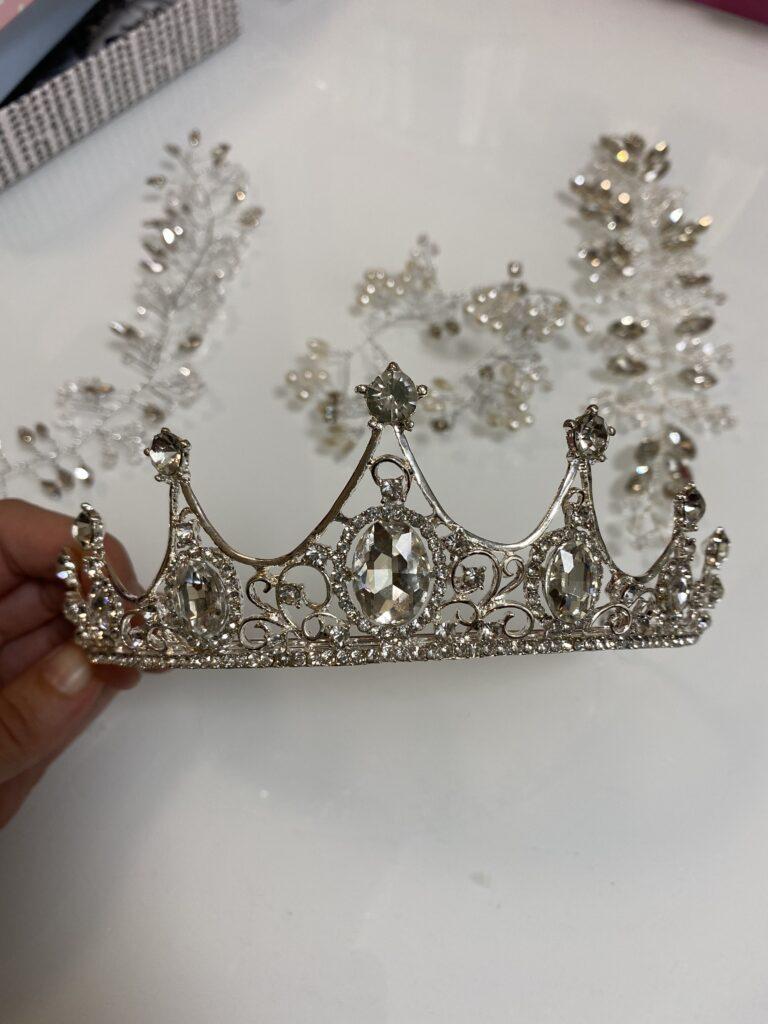 [:uk]корона для нареченої, діадема для нареченої, прикраси на голову для нареченї[:]