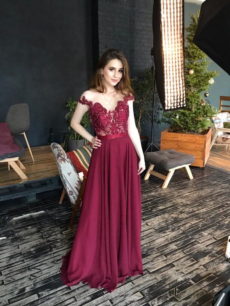 вечірня сукня Львів, вечірня сукня бордова 2021,