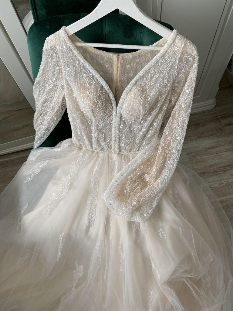 плаття на розписку, сукні на розписку , купити плаття на розписку Львів, фатінові плаття на розписку.