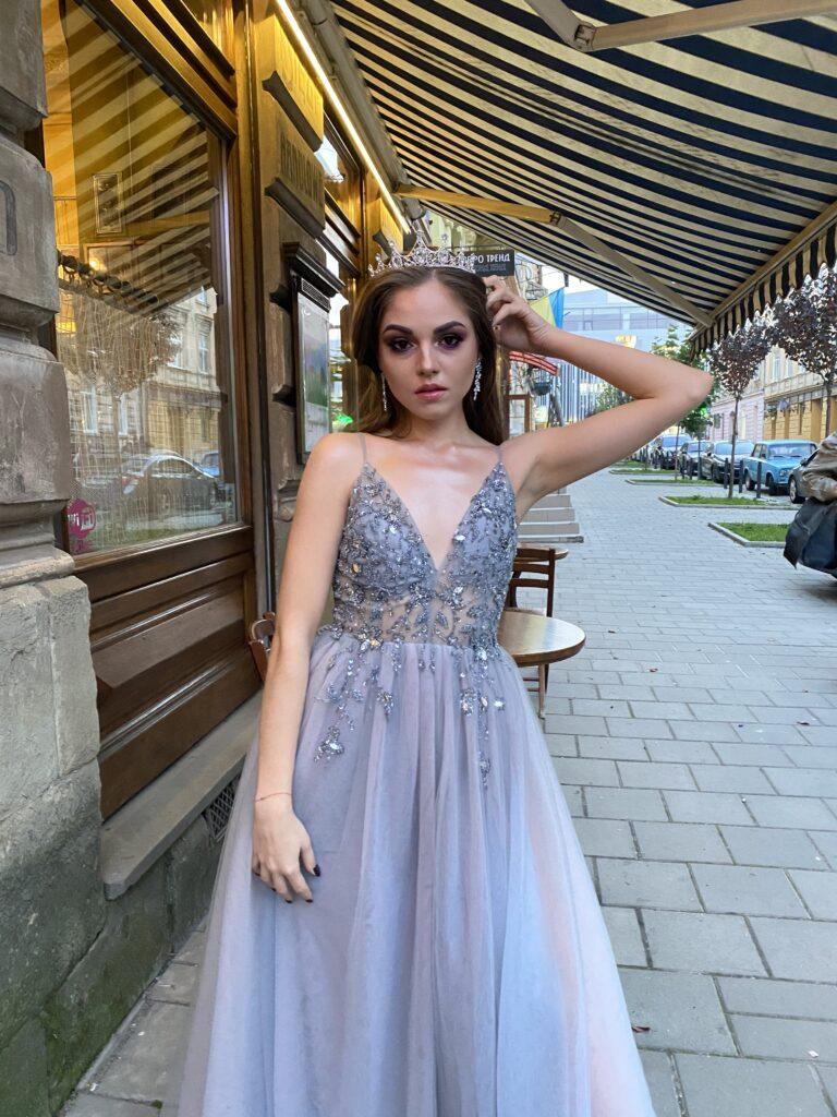 вечірні сукні, вечірні плаття , вечірні сукні Львів, купити вечірню сукню