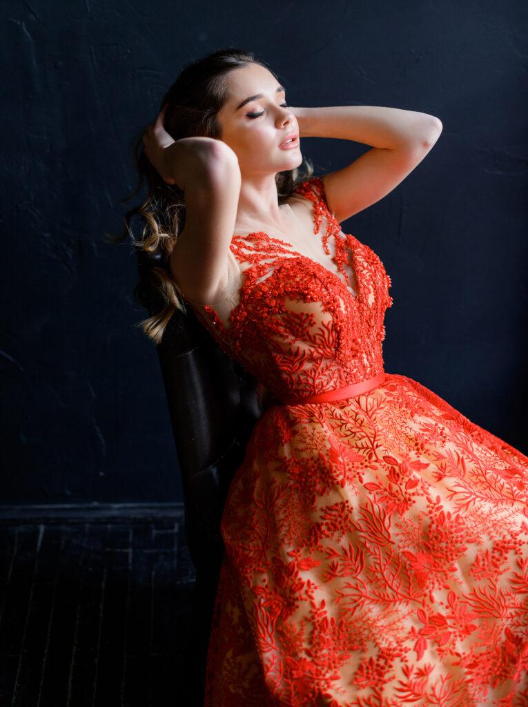 [:uk]червоне плаття на випускний, пишне плаття на випускний, купити плаття на випускний[:]