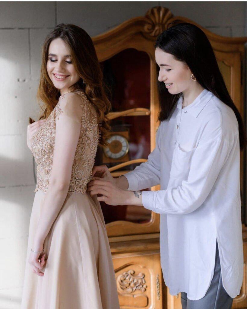 запис на примірку сукні