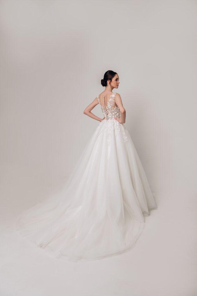 vesilna-suknia-05